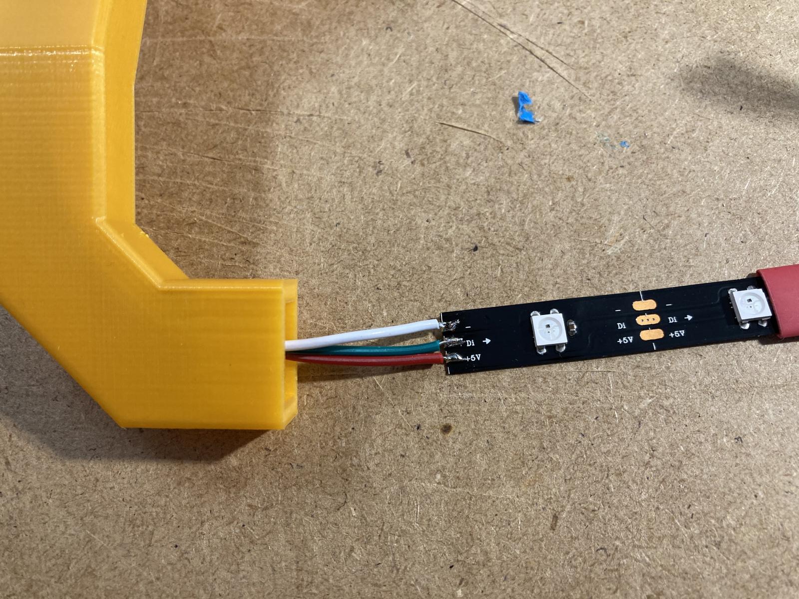 LED-Streifen wie gewohnt verkabelt
